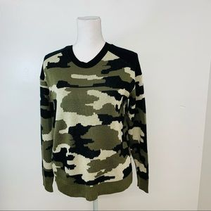 Generation Woman Sweater M  Camouflage Green Black  Pull Over Long Sleeve
